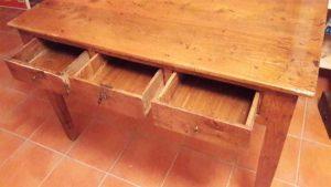 fotos de muebles de madera de olmo